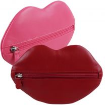 Ladies Quality Hot Lips Leather Clutch Purse by iLi New York